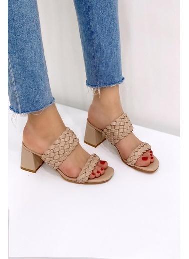 Baqmaq Sandalet Ten